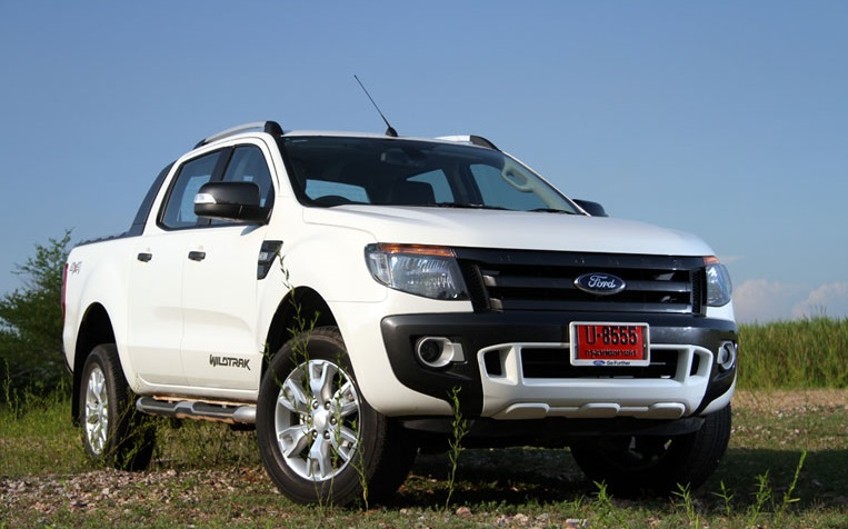 Xe Ford Ranger WildTrak 3.2L 4x4 AT